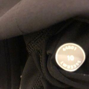 lululemon athletica Skirts - Lululemon black skirt, sz 10 70520